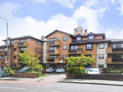 Flat for sale, Bromley Road - Balcony