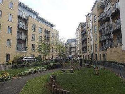 Flat for sale, Yeoman Close - Balcony
