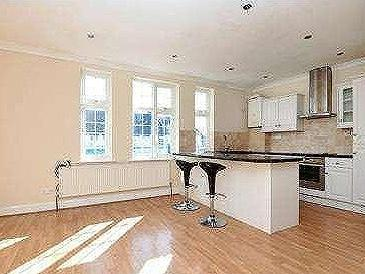 Flat for sale, Bromley Road