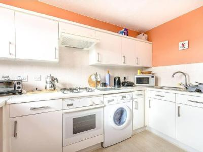 Flat for sale, Kirk Rise