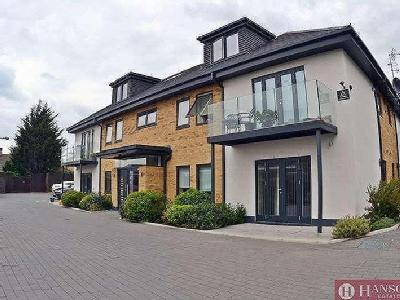 Lowe Close, Chigwell, IG7, IG7, London