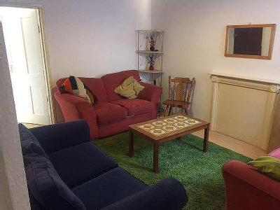 Flat to rent, Walsgrave Road - Garden