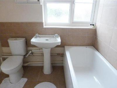House to rent, Lincoln Close