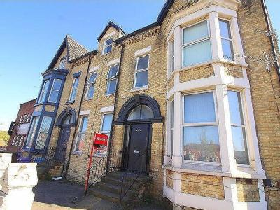 Flat to rent, 138 Edge Lane - Flat