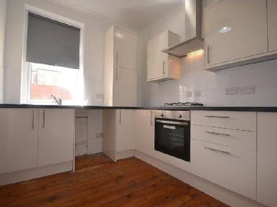 Flat to rent, Dunston - Apartment