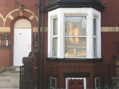 Flat to let, Roundhay Road