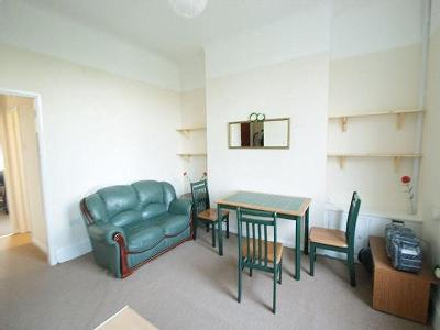 Flat to rent, Botanic Road