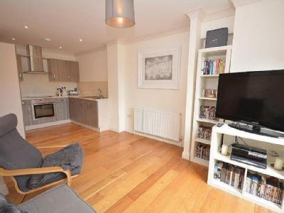 Flat to let, Empire House - Balcony