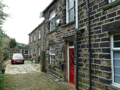 Springbank, Uppermill, Saddleworth, OL3