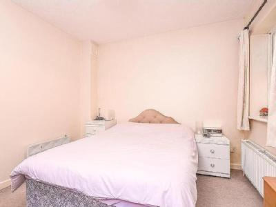 East Gardens, Colliers Wood, Sw17