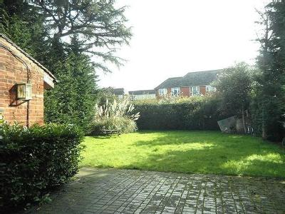 Flat to let, North Ealing - Furnished