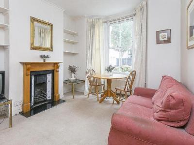 Flat for sale, Beryl Road, W6