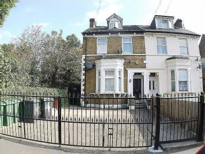 4 Bulwer Road, London, Leytonstone. E11