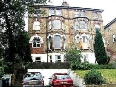 Thicket Road, London, SE20