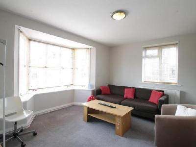 Finchley Court N3 - Furnished