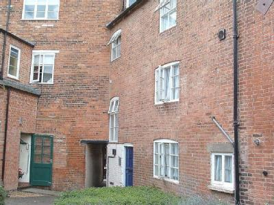 Aldwincles Yard, Market Harborough Le16