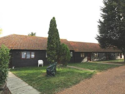 Fen Farm Mews, Fen Lane, North Ockendon, Upminster, Essex, RM14