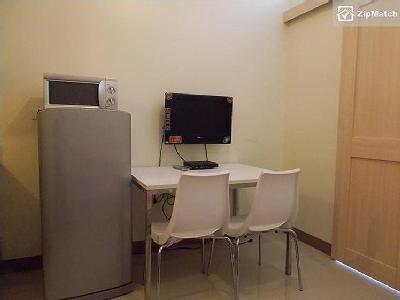 Flat to rent Paranaque City - Modern