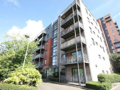 Flat to let, The Waterfront - Balcony