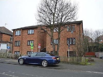Flat to let, Oaklands Court