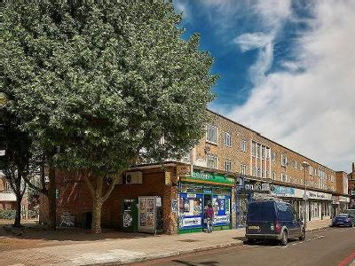 Flat for sale, Caistor Road - Modern