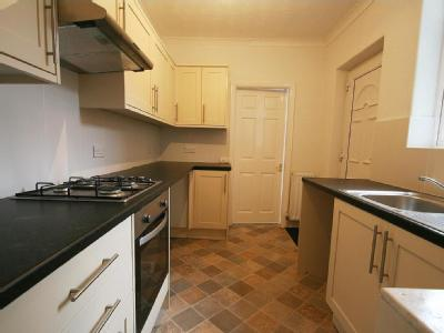 Flat for sale, Ovington Grove