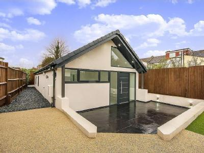 House to let, Morland Road - Bungalow