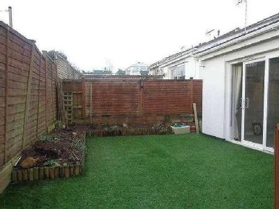 House to let, Tower Gardens - Modern