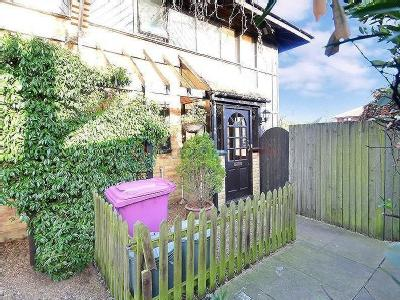House for sale, Friars Mead - Garden