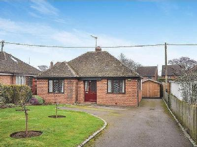 House for sale, Ickford Road