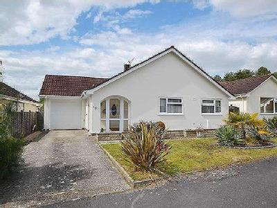 House for sale, The Chase - Garden
