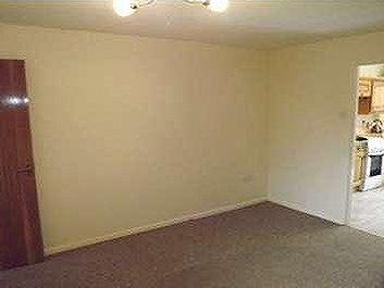 House to rent, Letchworth, Sg