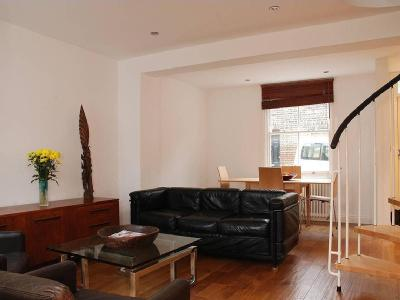 House to rent, Caradoc Street