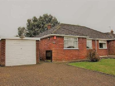 House to let, Pooleys Lane - Bungalow