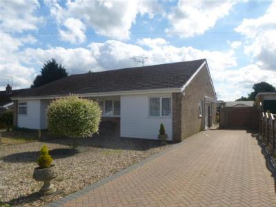 House for sale, Redgate - Fireplace