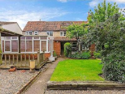 House for sale, Water Lane - Garden