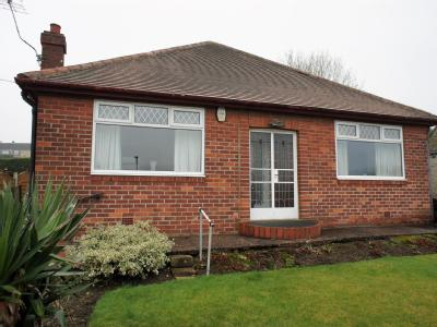 House for sale, Carr Road - Garden