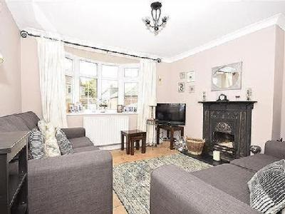 House to let, Clarence Walk - Garden