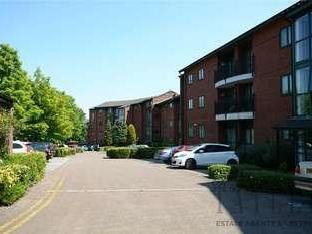 Flat to let, Priory Wharf - Patio