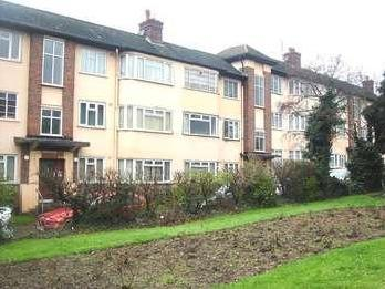 Flat to let, Stonegrove