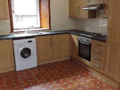 Flat to let, High Street - Patio