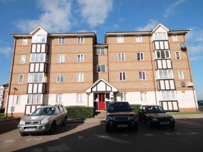 Chandlers Drive - Parking, Apartment