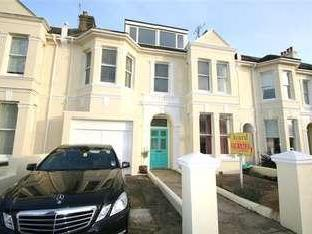 Walsingham Road - Not Cash Only, Flat