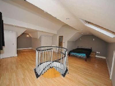 Flat for sale, Chambres Road