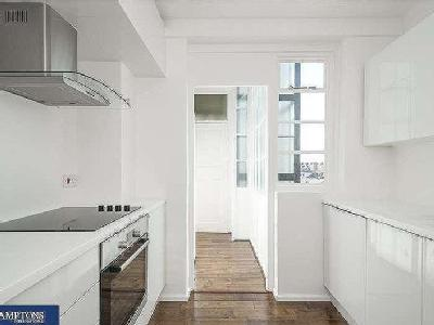Flat for sale, Grand Avenue - Balcony