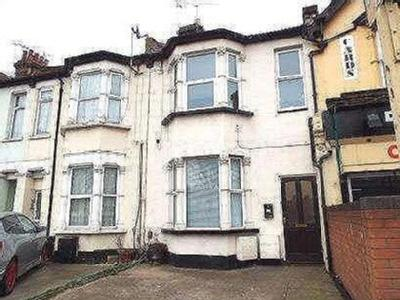 Flat for sale, Sutton Road - Modern