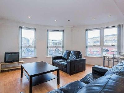 Flat for sale, Moir Street - En Suite