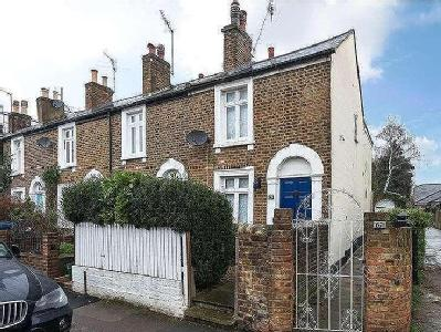 House for sale, Warwick Road - Garden