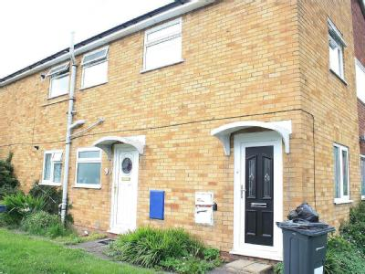 House to let, Overbury Close - House