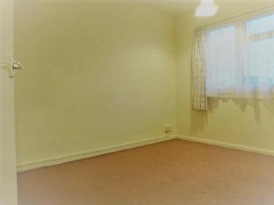 House to let, Humber Way - Reception